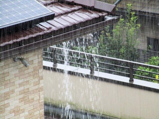 雨樋の雨漏り