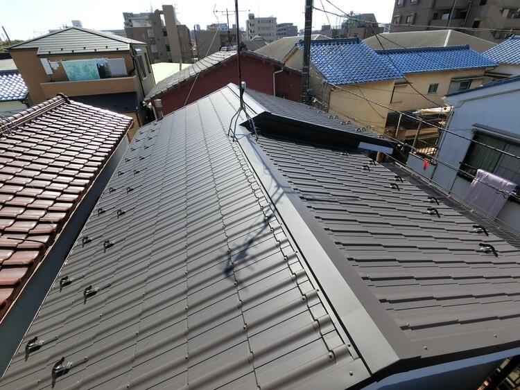 屋根の修理